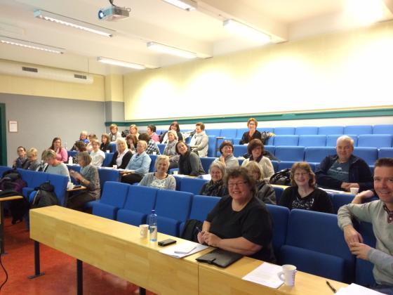Frå kurset som vart holdt i auditoriet til Ålesund Vidaregåande skule i Kirkegata i Ålesund. Foto: Guro Flø, IKAMR.