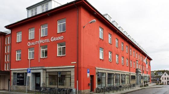 Quality Hotel Grand, kristiansund. Illustrasjonsfoto henta frå: https://www.nordicchoicehotels.no/quality/quality-hotel-grand-kristiansund/