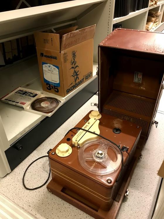 Lydbånd og lydbåndspiller. Foto: Andri Jonsson, IKAMR